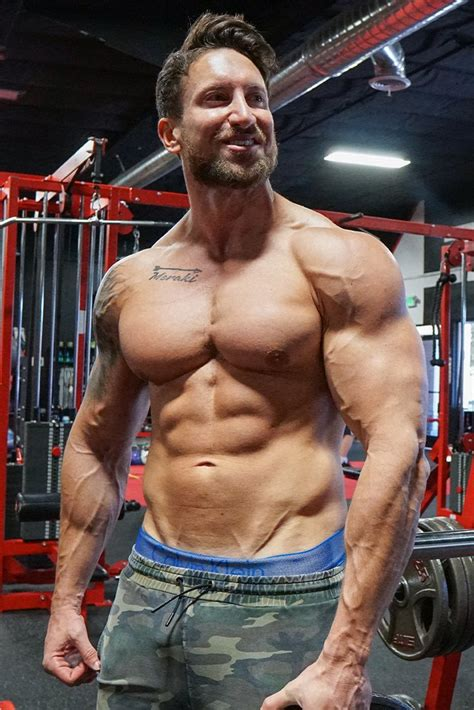 The Busy Natural's Blueprint for Getting Shredded Fast | Bodybuilding.com
