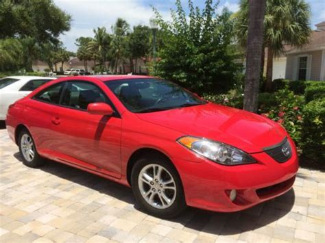 find   toyota solara sle coupe  door  red