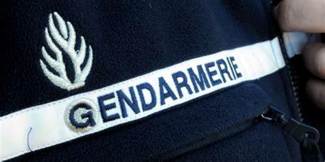 mon premier bureau un colonel assure qu 39 un gendarme vaut quot un policier et demi