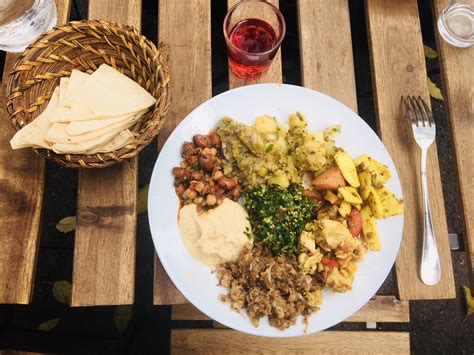 cuisine syrienne traditionnelle cuisine orientale marseille ashourya spots