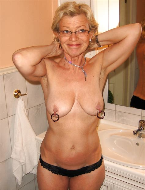 Hot Matures: Mature Moms