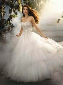 plain wedding dresses disney princess wedding dresses childhood elasdress
