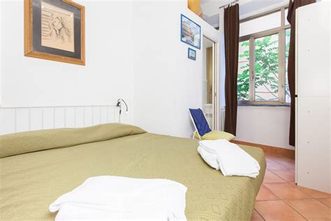 the tuscany tv lift apartment to rent in spagna square rome