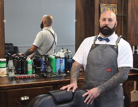 Barber makes jump to business owner in Ridgefield