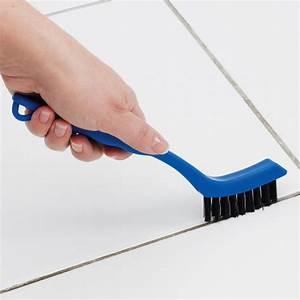 Nettoyage Carrelage Vinaigre : 5 tapes pour nettoyer la salle de bain en profondeur ~ Premium-room.com Idées de Décoration