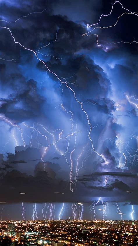 lightnings iphone 5s wallpaper weather climate storm wallpaper lighting storm