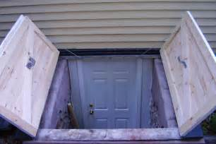 Outside Basement Door by Ways To Warm Up An Old Basement Hardwood Floors Heating