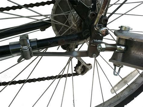 axle mounted bicycle trailer hitch bikes  work