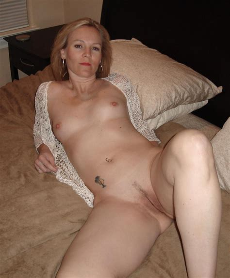38  In Gallery 130503 Cougars And Milfs Picture 22
