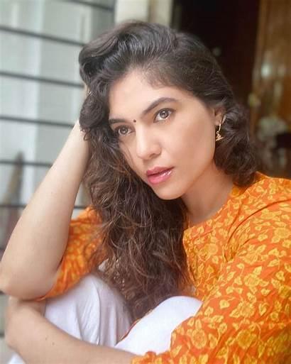 Sherin Shringar Stills Photoshoot Wallpapers Mobile