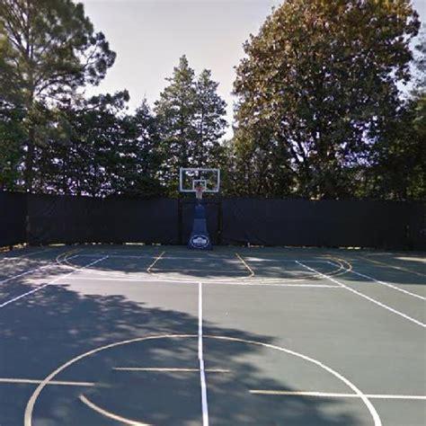 basketball court white house  tennis court