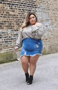 18 Best Denim Skirts Outfits for Plus Size Women 2018