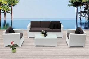Rattanmöbel Garten Lounge : rattanm bel die rattan lounge bona dea in weiss verspr ht freude und gute laune im garten ~ Markanthonyermac.com Haus und Dekorationen