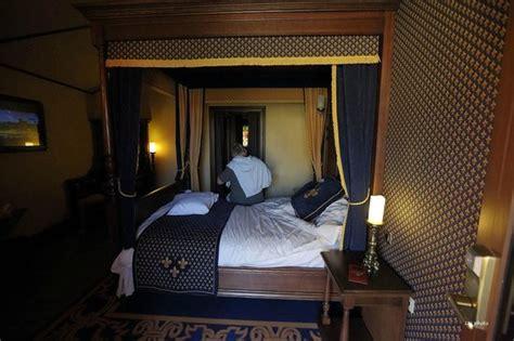 chambre puy du fou chambre c du drap d 39 or photo de le puy du fou les