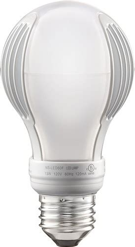 insignia 800 lumen 60 watt equivalent dimmable a19 led