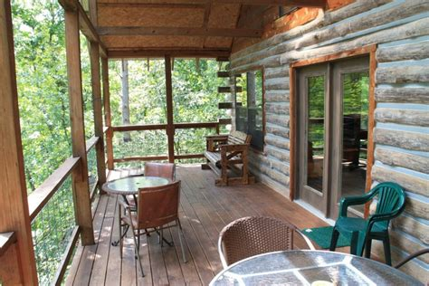 mountain log cabin lookout secluded luxury lodging