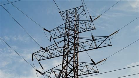 power outages   reported  quebec radio canada