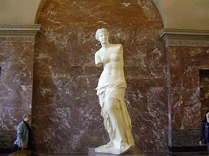 Greece launches bid to win back Venus de Milo from Louvre ...