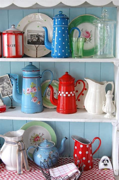 retro vintage kitchen accessories kitchen vintage kitchen decorating pictures ideas from 4835