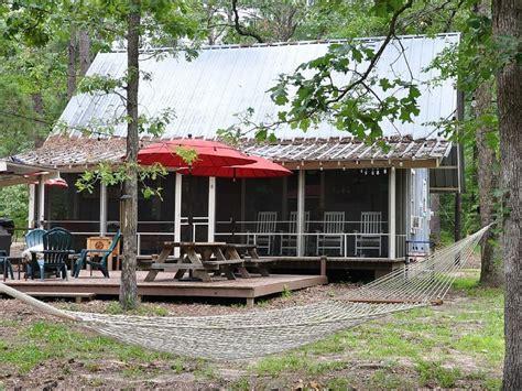 sam rayburn cabins secluded sam rayburn lakefront cabin homeaway broaddus