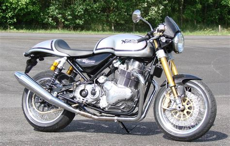 Norton, La Gamma 961 Commando