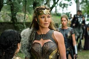 Connie Nielsen Talks Hippolyta Scene Cut From Justice ...
