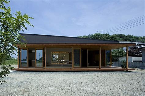 simple japanese house design a simple and modern japanese house by studio synapse