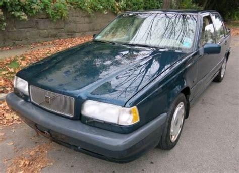 find   volvo  base sedan  door   raleigh