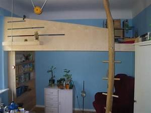 Kleiderschrank Selbst Gebaut : ein hochbett selber bauen das k nnen v ter auch schon mit pictures to pin on pinterest ~ Markanthonyermac.com Haus und Dekorationen