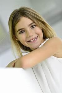 Schönes 10 Jähriges Mädchen : sch nes 6 j hriges m dchen stockbild bild von leute 36092345 ~ Yasmunasinghe.com Haus und Dekorationen