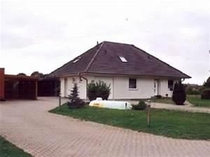 Einfamilienhaus Mit Garage : attraktives einfamilienhaus mit garage in neu zachun ~ Lizthompson.info Haus und Dekorationen