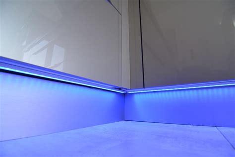 led cuisine eclairage led cuisine connect elec l 39 électricité connectée