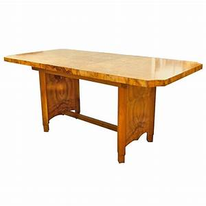 Modern dining tables and chairs sydney for Modern dining tables and chairs sydney