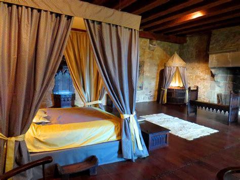 chambre dans chateau décoration chambre moyen age