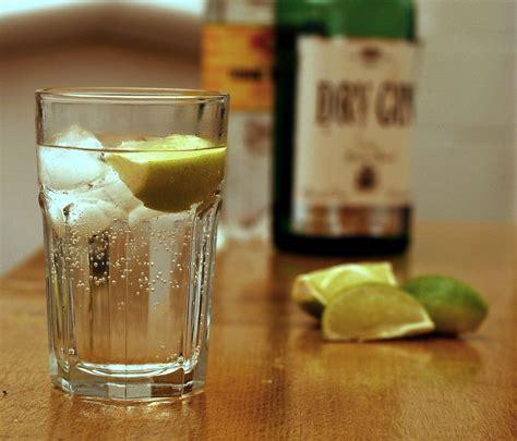 gin  tonic wikipedia