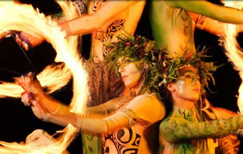 kauai luau kalamaku polynesian feast mai tais hula