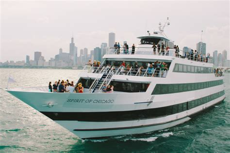 Navy Pier Boat Cruise by Brunch Cruises On Lake Michigan From Navy Pier Spirit
