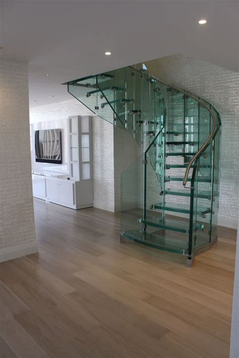 Treppenstufen Aus Glas by Glass Spiral Staircase Innovative For Indoor My