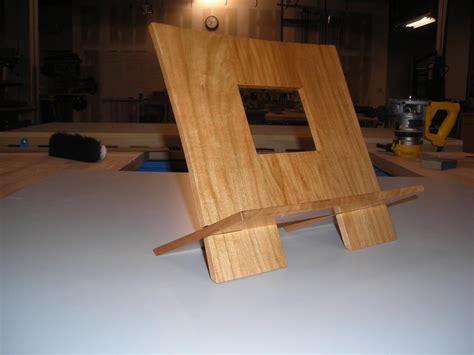 mikes cookbook holder  wood whisperer