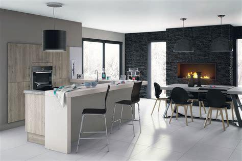 fabriquer un bureau en bois idées pour délimiter la cuisine ouverte sur le salon