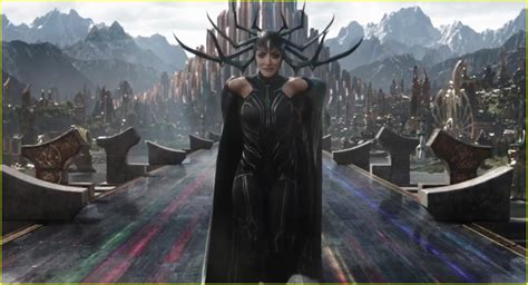 kneel for your queen cate blanchett is hela in thor
