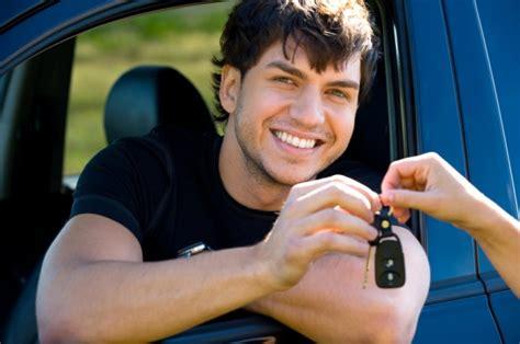 Pirmais auto - kādu izvēlēties jaunam autovadītājam?