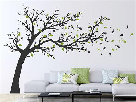 Wandtattoo Baum Ecke by Wandtattoo Gro 223 Er Baum Im Wind Wandtattoos De