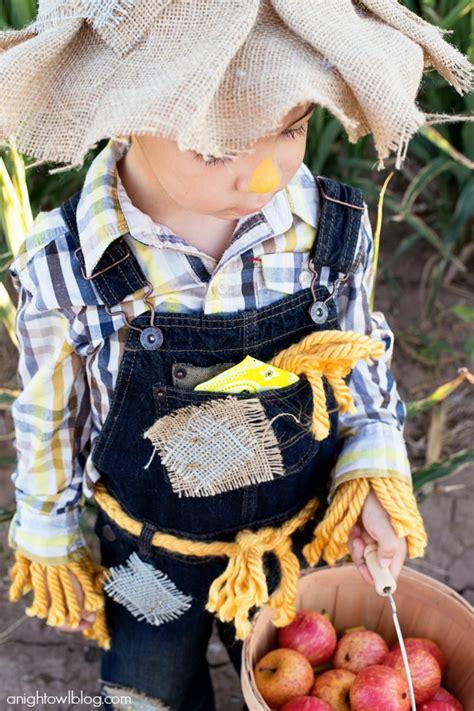 easy  sew scarecrow costume  night owl blog