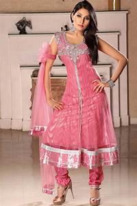 Long frocks | Pakistani Dresses | Mehndi Designs