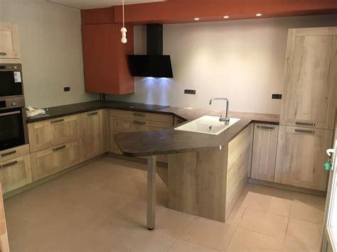 cuisine alu pose et agencement de cuisine et salle de bain des bois