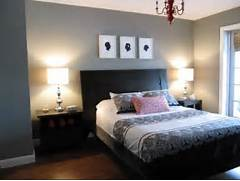 Bedroom Painting Ideas Note The Collection Of Little Tables Clustered Together