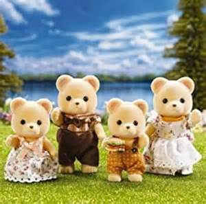Cuddle Calico Critters Bear Family