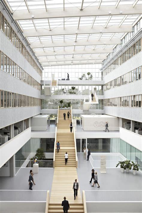 Tnt Centre By Architectenbureau Paul De Ruiter As