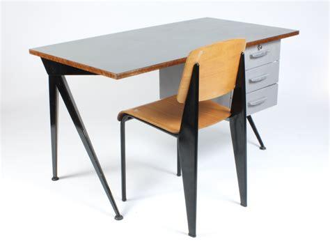 bureau prouvé galerie alexandre guillemain artefact design jean